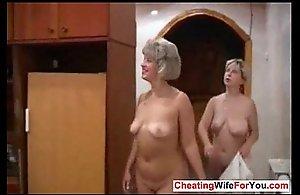 Russian grown up women fucks in the pool
