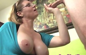 Ejaculation fond mature cougar jerking