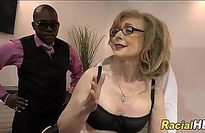 Mature Lady Gets Negro Cocks After Meeting