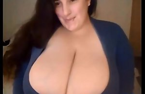 Hot BBW Mature with Fat Boobs - 8bbw.com