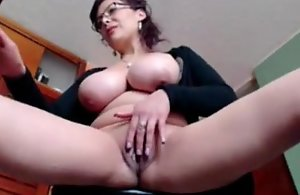Mature sexy girl on webcam masterbating -..