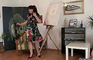 Cock-hungry mature paintress takes it from behind