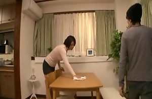 Sexy Japanese cougar fucking a younger..