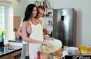 British tv chef jasmine jae getting..
