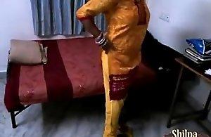 indian aunty shilpa bhabhi ka jalwa gar sex..