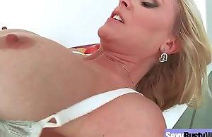 (julia ann) large back pointer sisters..