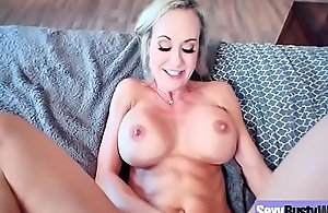 Play speed webcam with large pantoons..