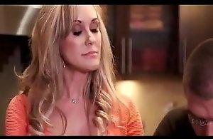 Mature brandi cherish distract her stepson