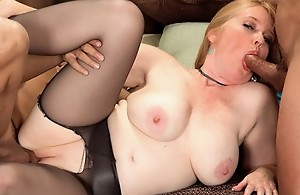Horny, tongue-flicking mom satisfies two..