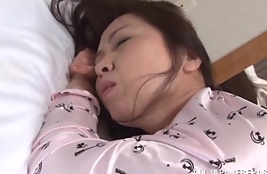 Yuuko Kuremachi take charge mature Asian spoil..