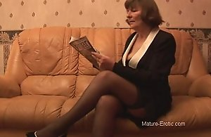 Puristic granny with respect to nylons..