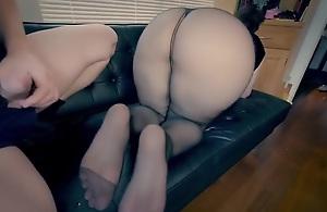Mature mummy perverted butt humping