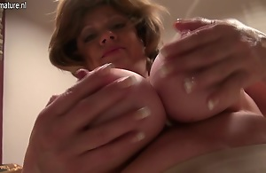 Horny American Housewife Playing With Her Toy..