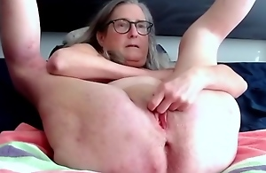 Mature Milf Fingers Her Pussy And Rubs Her..
