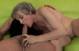 Mature perishable granny with heavy tits fucked..