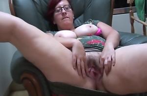 Busty Bbw Mummy Jayne L In Pantyhose..