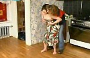 Momlick.com zreloe porno-trahnula-gazovogo-mastera