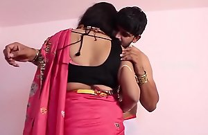 Mallu desi aunty romance sexual relations with..