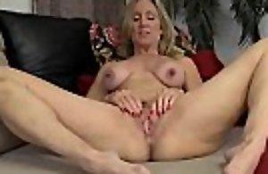 Mature show her huge nipples -..