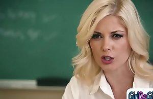 Teacher facesitting a students mamma..