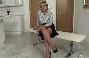 Sex-crazed mature british babe