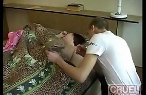 Young gentleman rapes Materfamilias -..