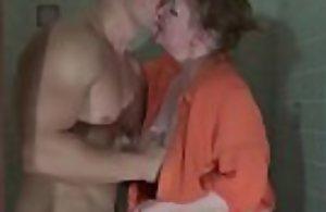 Muscled bodybuilder grabs poor mummy