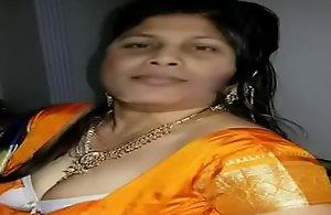 Bangladeshi Muslim Aunty Uncompromised..