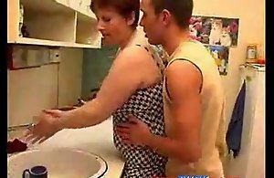 Fat Mom and Descendant Home Fucking