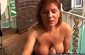 Busty mature mama likes fro wank and dirty talk