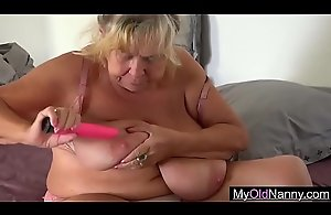 Two Mature Sluts in Lesbian Porn